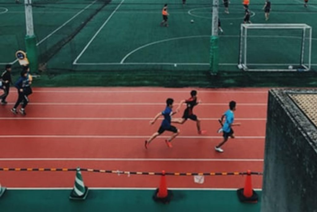 track and field traner
